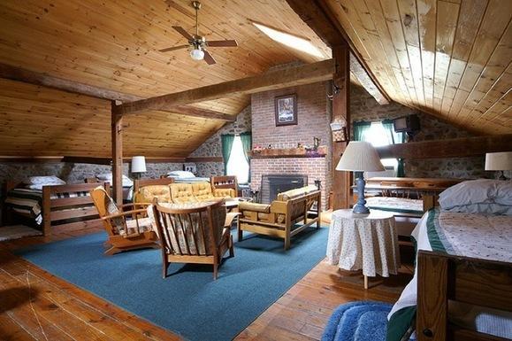 Maxwell Creek Inn Bed & Breakfast